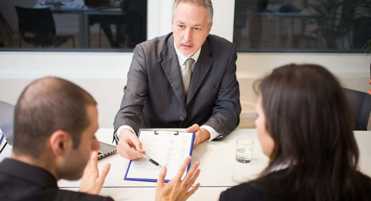 Qualities of a divorce lawyer